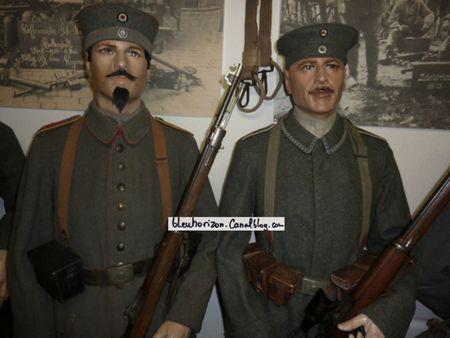 soldats bavarois avec leur sous-officier2log