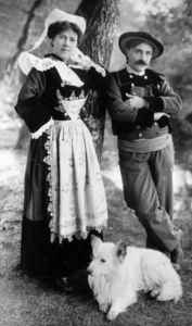 Costume_traditionnel_bretagne_couple_grand
