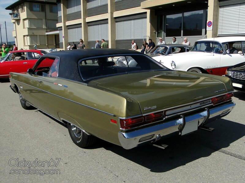 plymouth-sport-fury-formal-coupe-1969-02