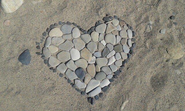 coeur en pierres