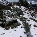 2008 04 14 De la neige sur le chemin près du Pic du Lizieux