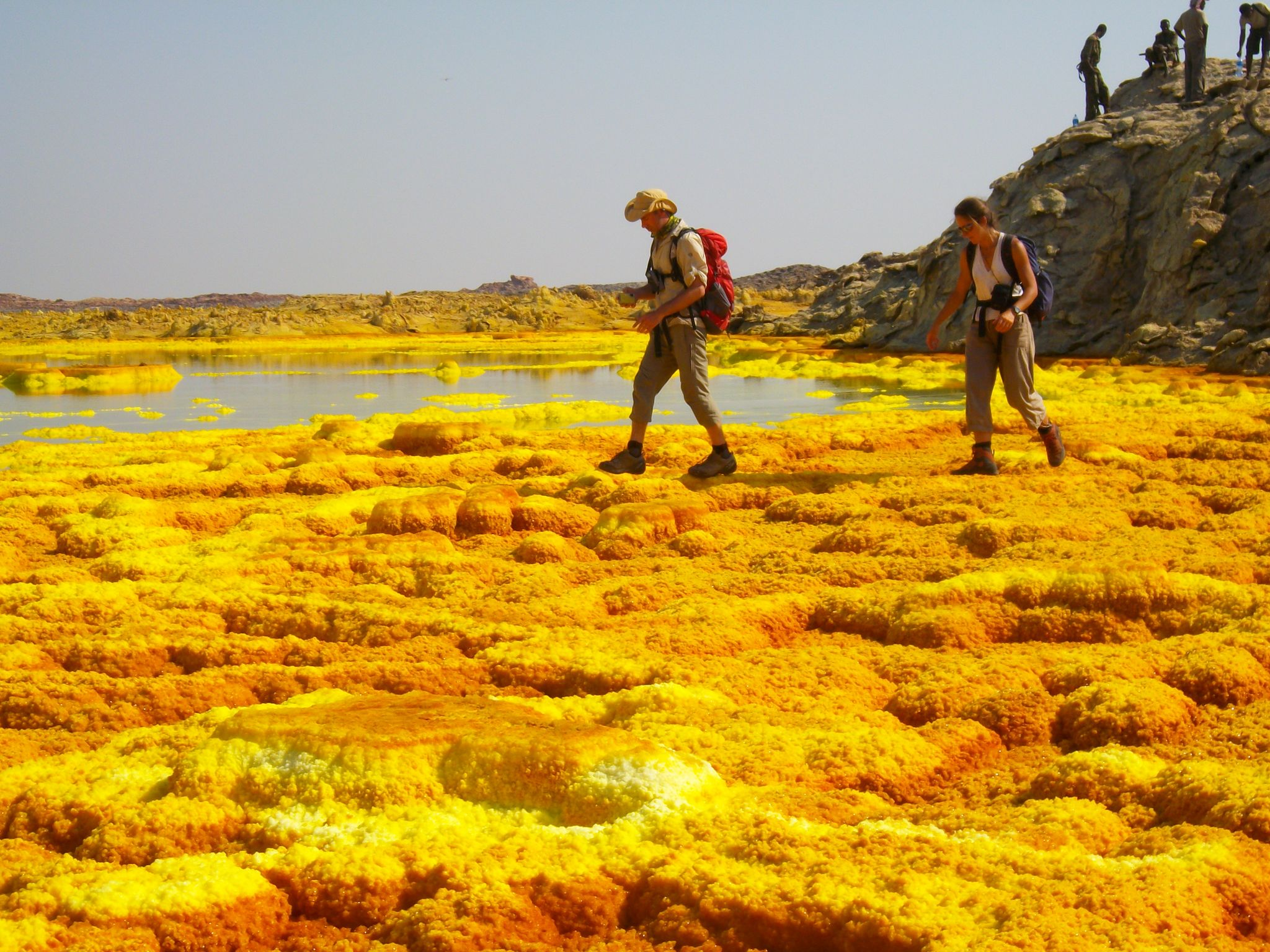 abyss land tour visiter in danakil