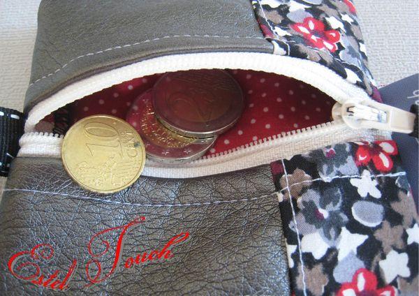 porte monnaie carré gris fleuri rouge2