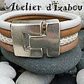 Blanc et beige, pour ce bracelet large en cuir rond blanc, deux cuirs rond beige différents et un cuir rond serpent ! chic !