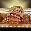 Filet mignon de cochon en croûte, farci à la mangue et au chorizo