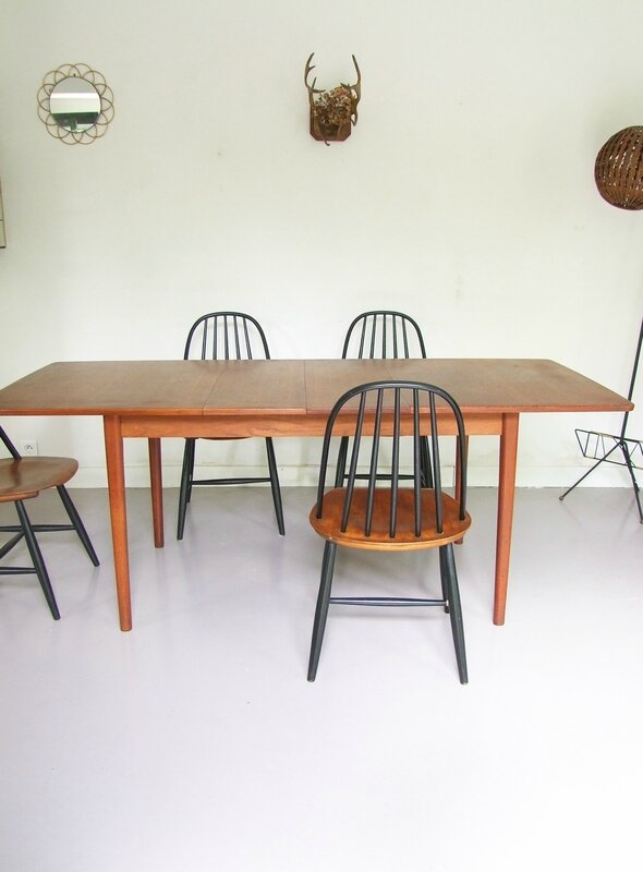 Table-scandinave NIls Jonsson