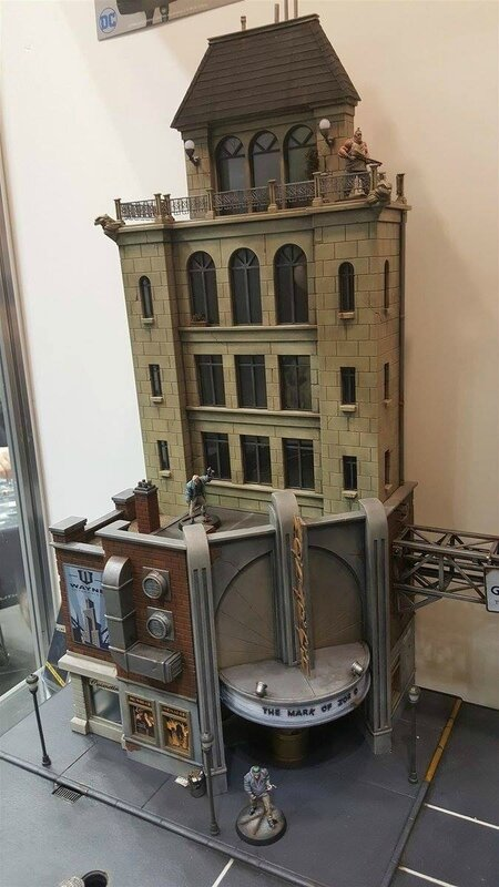 diorama gotham city monolith batman remi bostal (3)