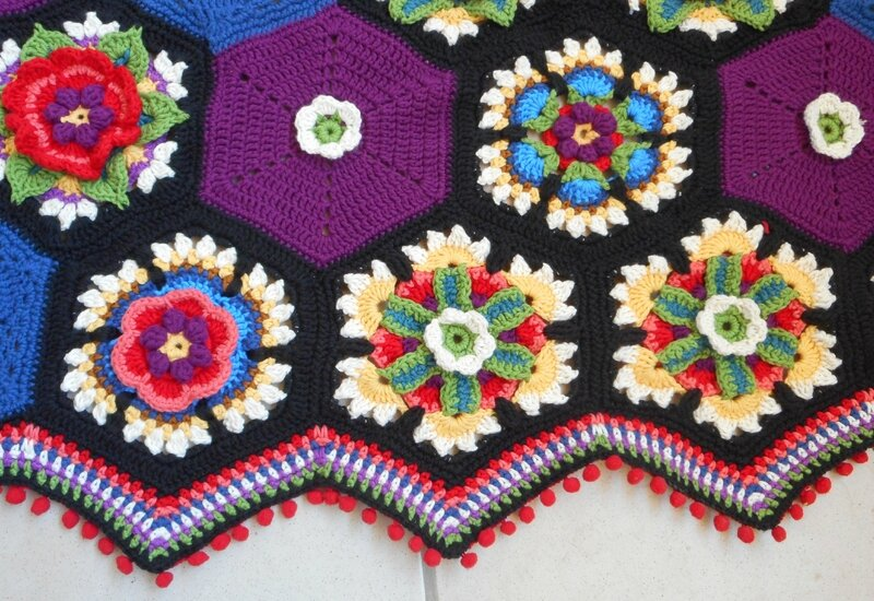 Frida's Flowers Border (2)