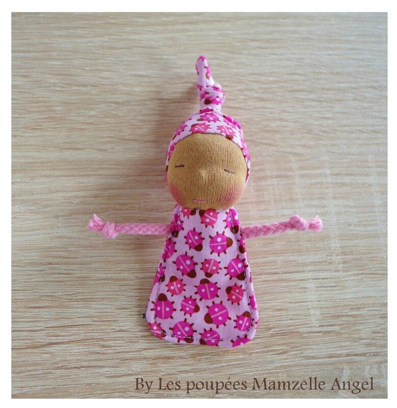 porte-clés poupée de chiffon coccinelles roses