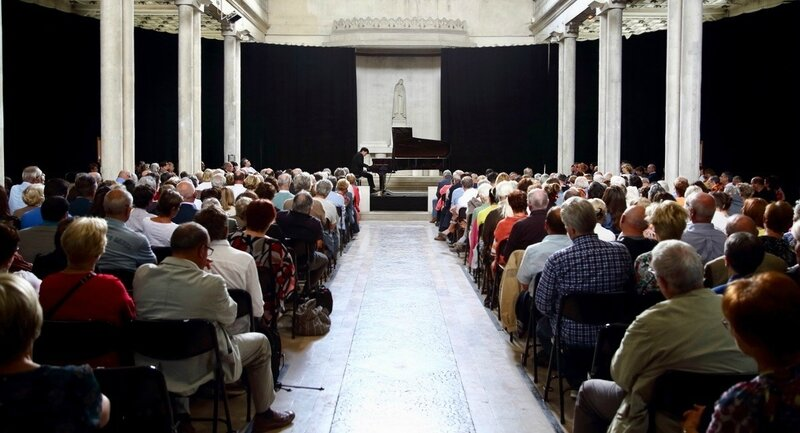 KIT ARMSTRONG CONCERT 2017 ABBAYE ST-MICHEL nef