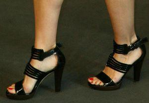 Nazan-Eckes-Feet-698288