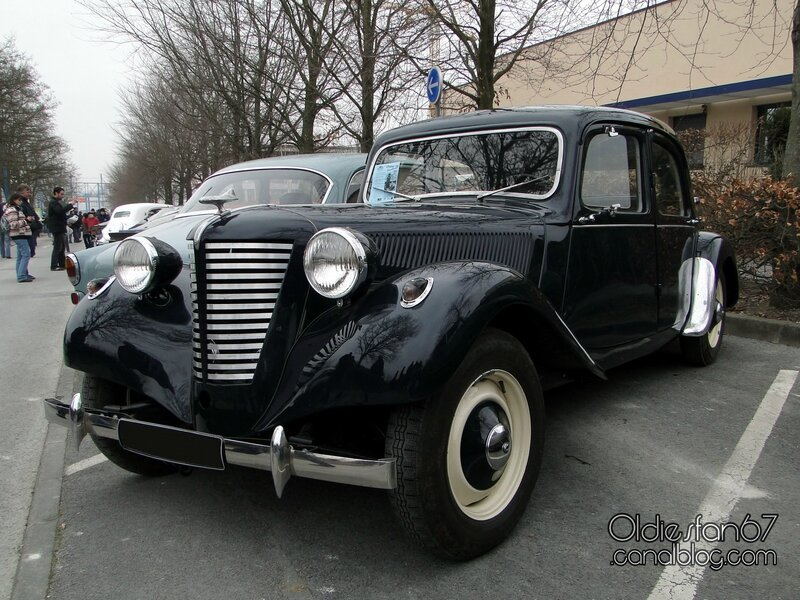 citroen-traction-1946-1957-calandre-tonneline-1