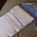 Nid d'anges, modèle MCI n°53, drap ancien et liberty Betsy bleu
