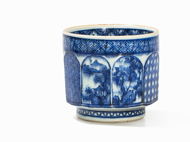 A Shonzui-Style Blue-and-White Tea Cup, Qing dynasty, first half 17th century