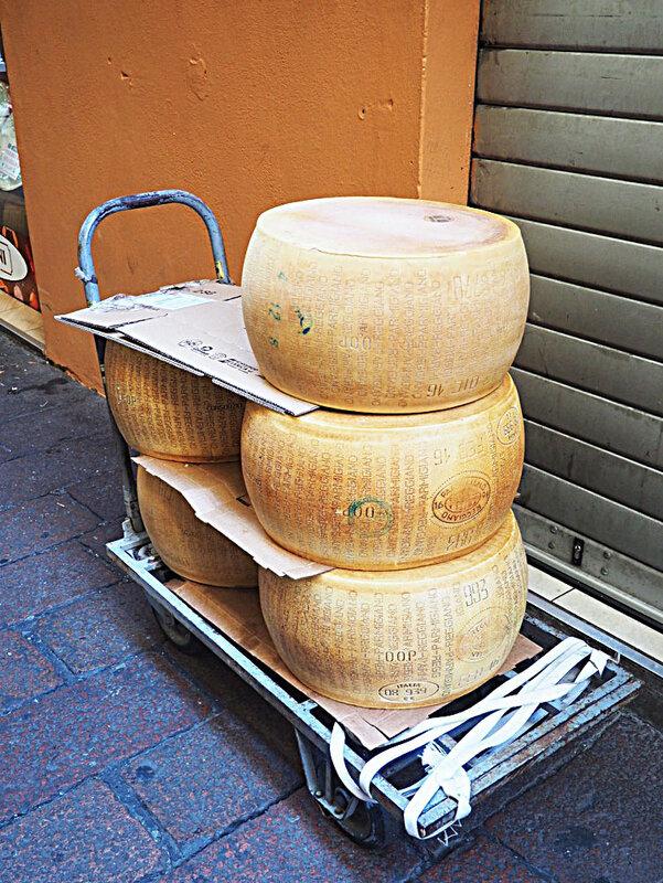 bologne-parmesan-italie-roadtrip-ma-rue-bric-a-brac