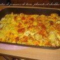 Un gratin de pommes de terre, pleurotes et cheddar