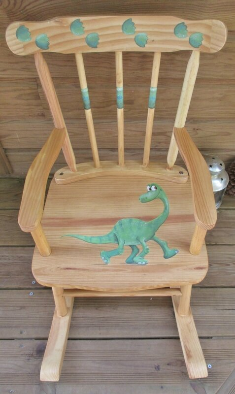 Dinosaure & ses empreintes(rocking chair enfant) - CélinArtisa