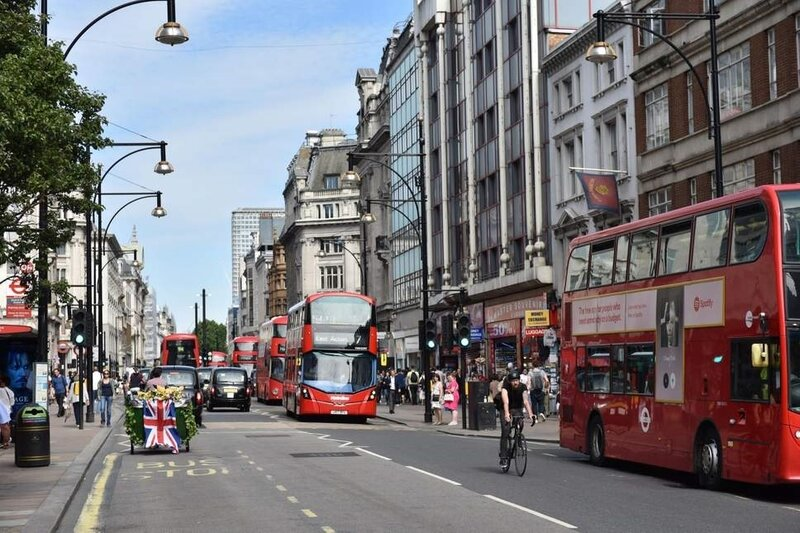buses-oxford-street