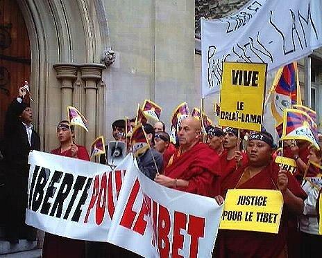 A Paris le 10 mars 2003 - Avec Matthieu Ricard