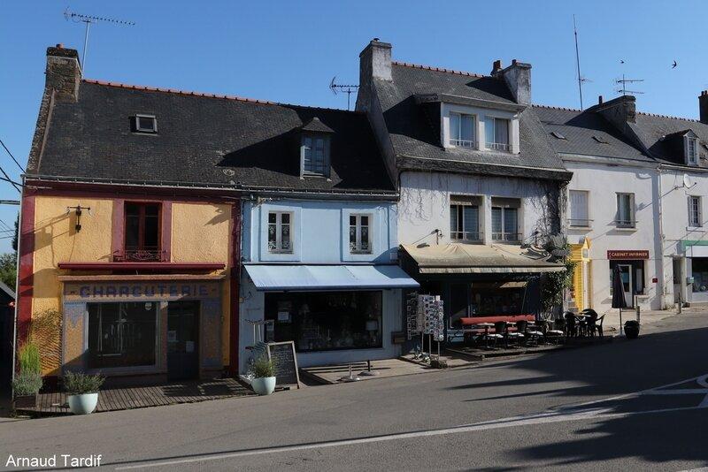 00637 Guidel - Le Bourg de l'Ile de Groix - La Rue du Général de Gaulle