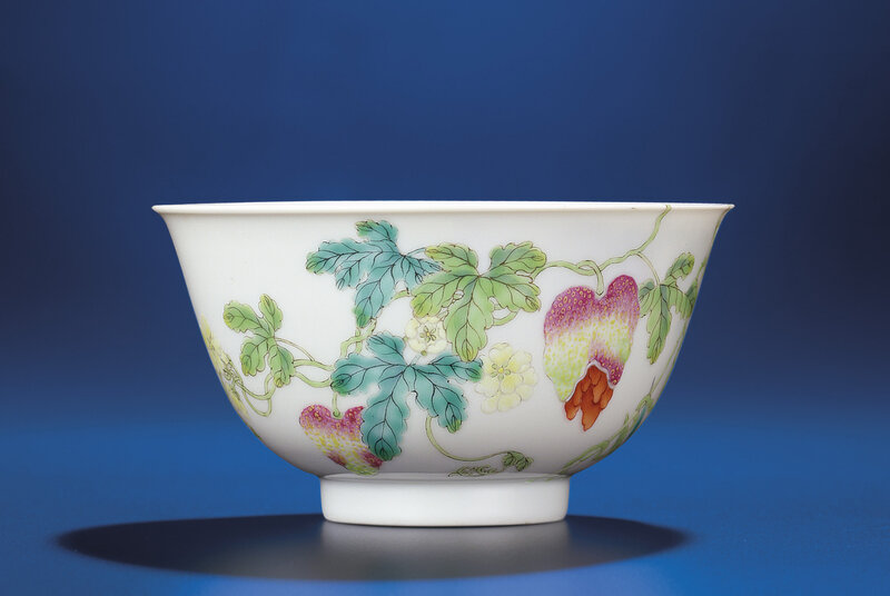 Afamille rose'Pomegranate' bowl, Daoguang six-character seal mark and of the period (1821-1850)