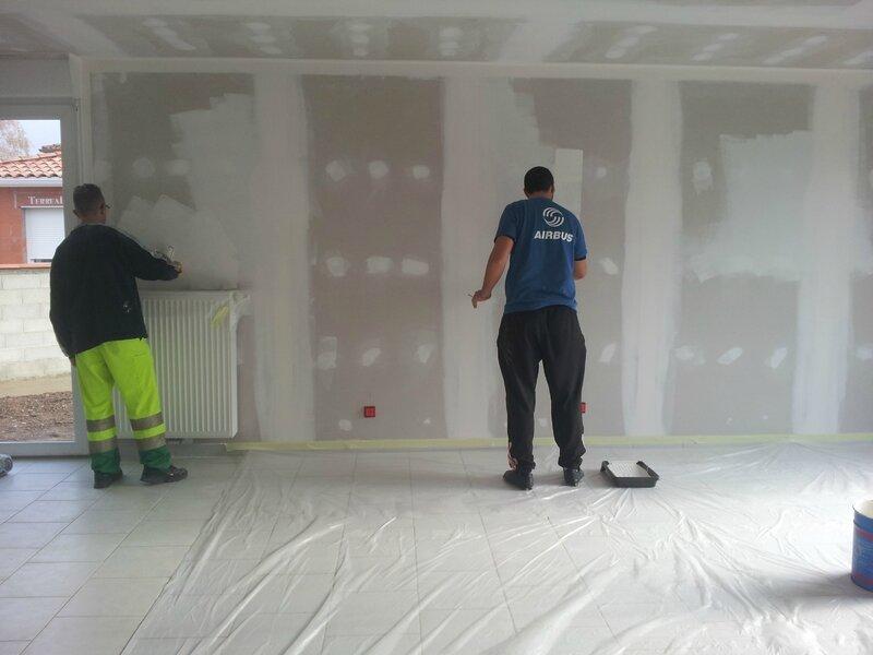 pon age des murs et plafonds notre maison phenix dans le 31. Black Bedroom Furniture Sets. Home Design Ideas