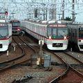 Toei 5300系 + Keisei trains, Keisei Takasago eki