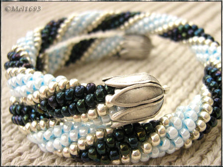 Spirale_brac_blue_pres