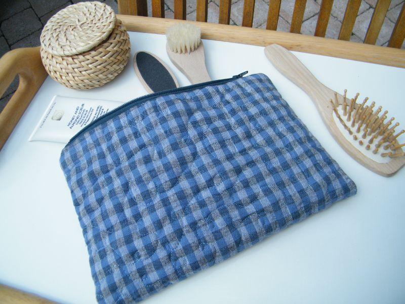 Trousse zippée bleue - VENDUE