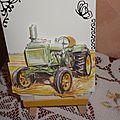 Tracteurs et voitures en 3d sur plaques