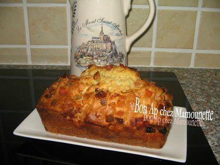 Cake aux canneberges et fruits confits 010