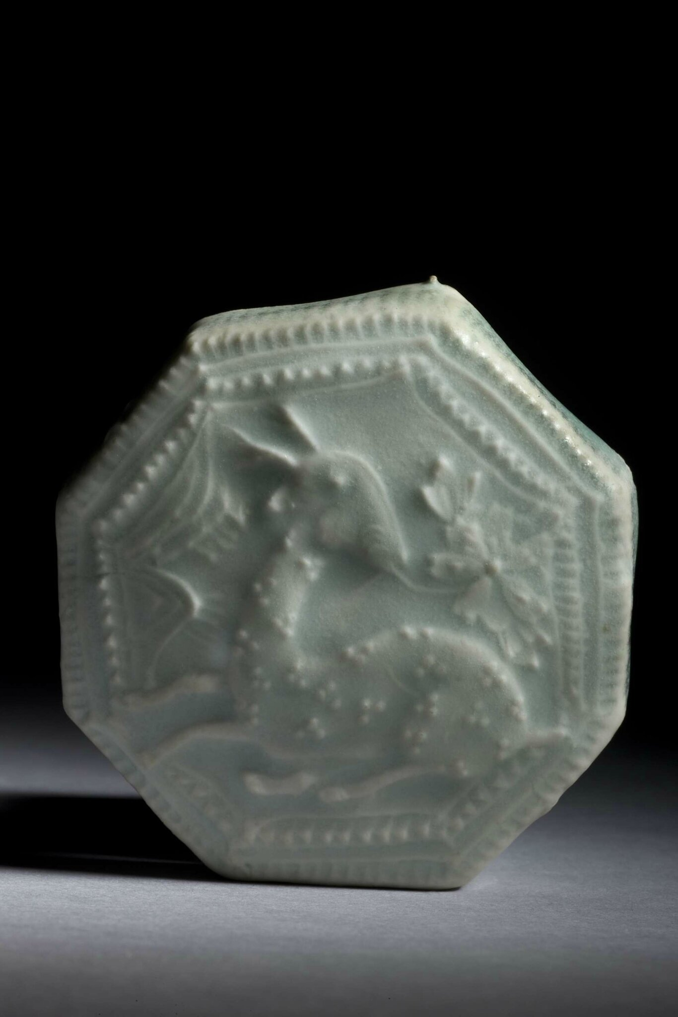 Qingbai porcelain octagonal box, China, Southern Song dynasty, 13th century