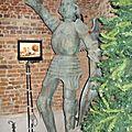 ancienne statue en bronze st-michel