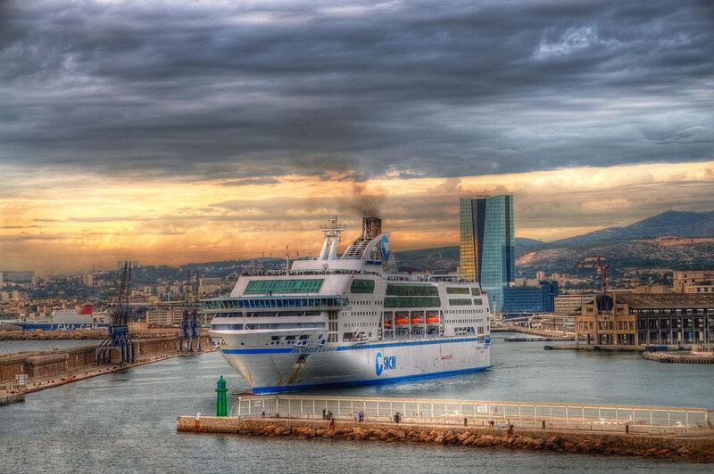 Photo-paquebot-Marseille