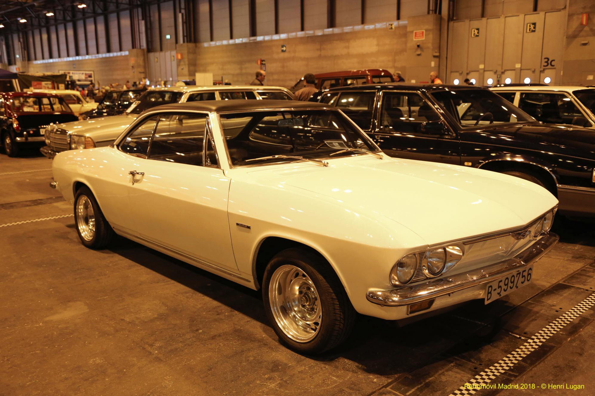 Chevrolet Corvair 110_01 - 1967 [USA] HL_GF