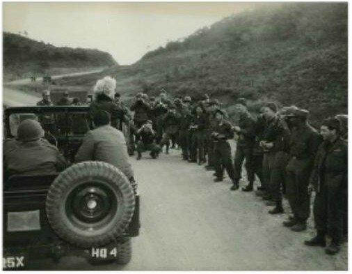 1954-02-korea-army_jacket-jeep-070-4