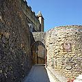 Entrée_du_chateau_de_Beynac