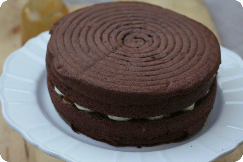 layer cake chocolat banane caramel blog chez requia cuisine et confidences-001