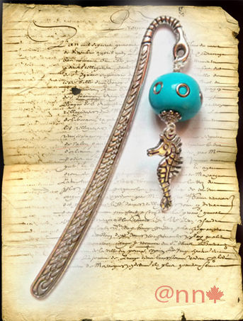 MP perle turquoise rivets et cheval de mer (N)
