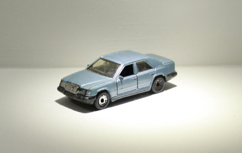 Mercedes 300E (Matchbox) 01