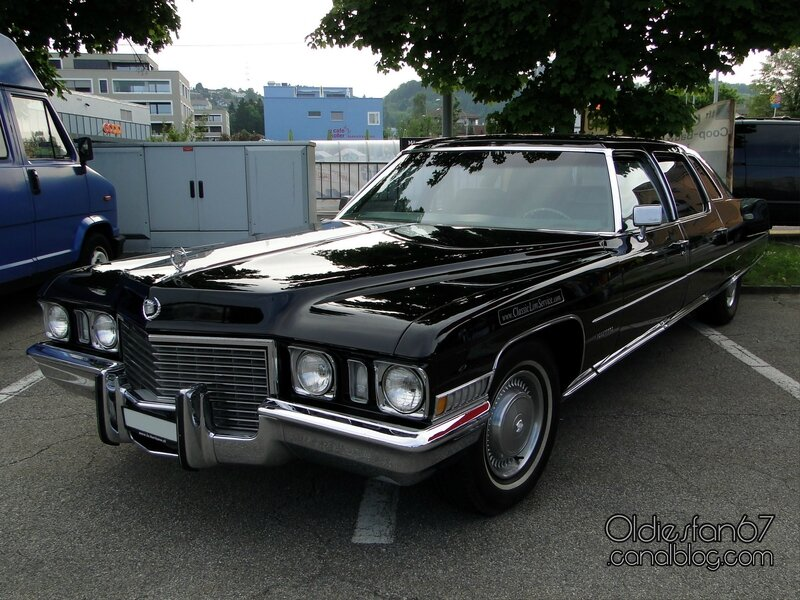 cadillac-limousine-1972-01
