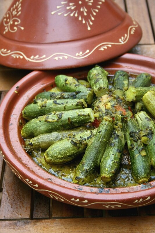Tajine aux mini courgettes sans viande - passion culinaire
