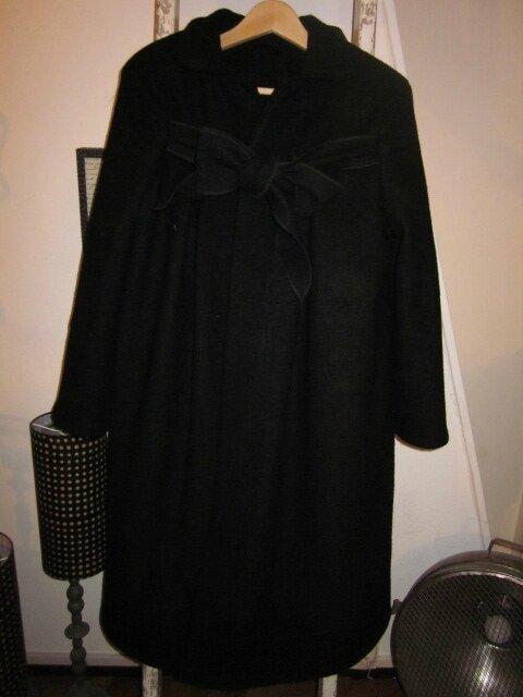 Manteau AGLAE en laine bouillie noire allongé de 15 cm - taille 50 (10)