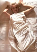 1961-11-17-santa_monica-by_douglas_kirkland-bed-031-1a