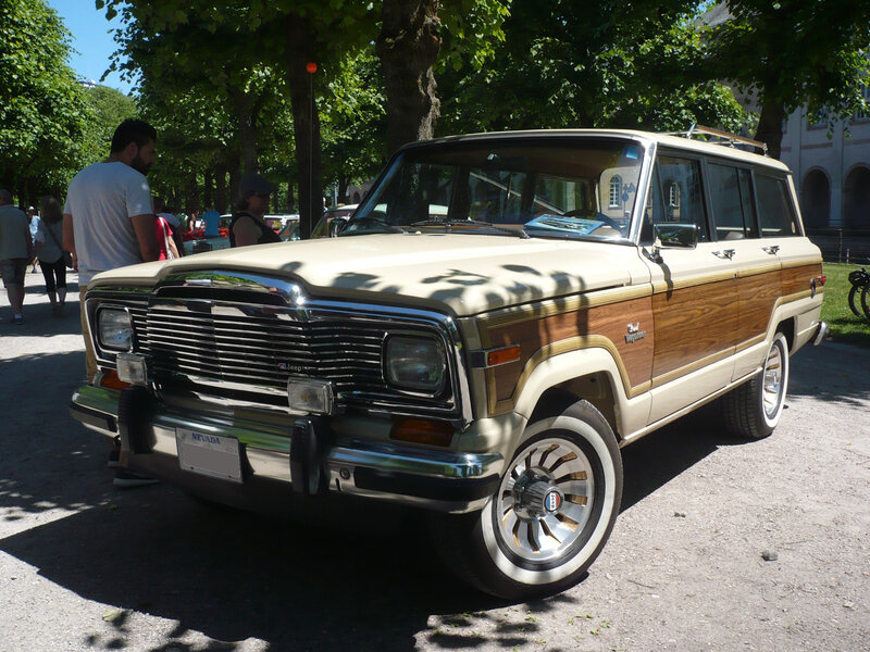 JEEP Grand Wagoneer SJ 4door SUV Karlsruhe (1)