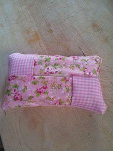 porte mouchoir rose