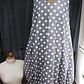 Robe HENRIETTE en coton gris à gros pois blancs (6)
