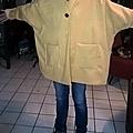 Un manteau et une veste...