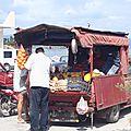 grece koroni marchand de legumes ambulant
