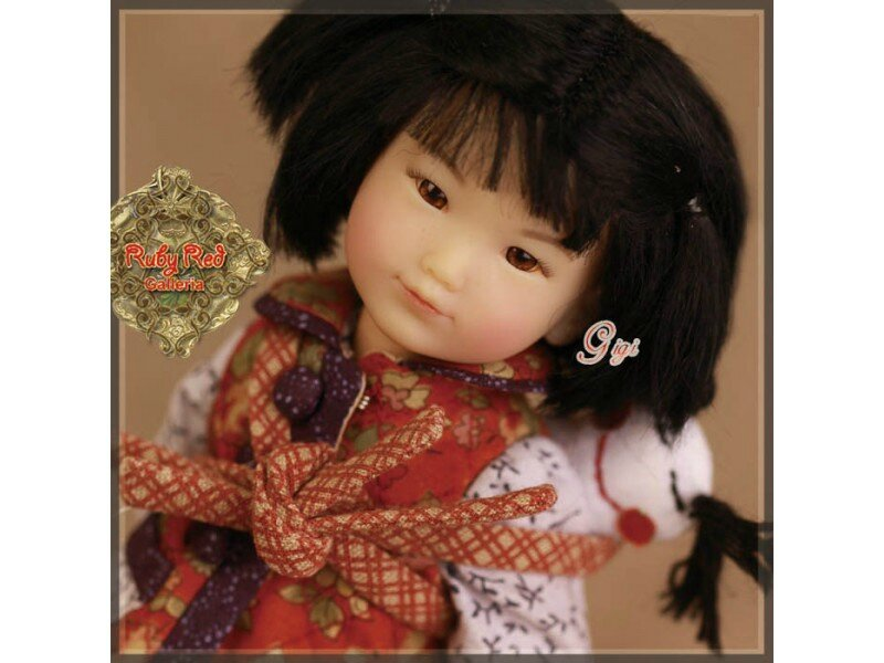 poupee-gigi-ten-ping-and-friend-ruby-red (1)